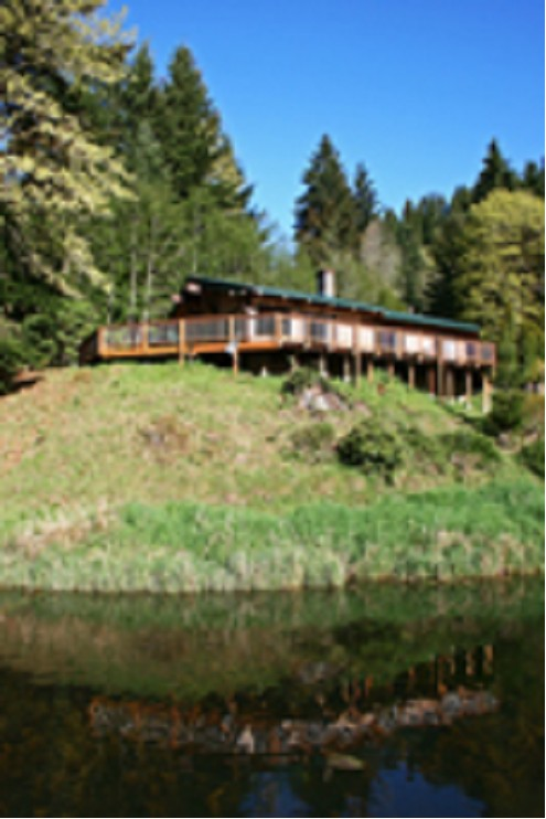 Waterfront Vacation Rental Home on Loon Lake