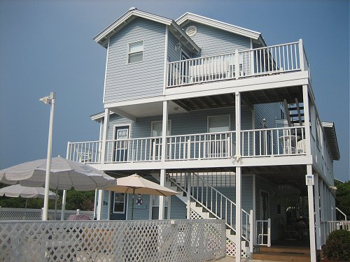 Huge Beach house up to 21 guests